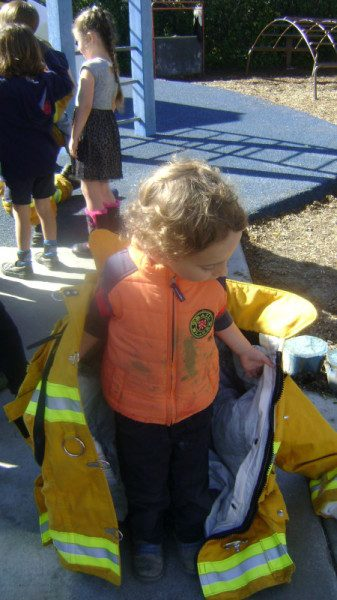 long beach preschool fire fighter visit (1)