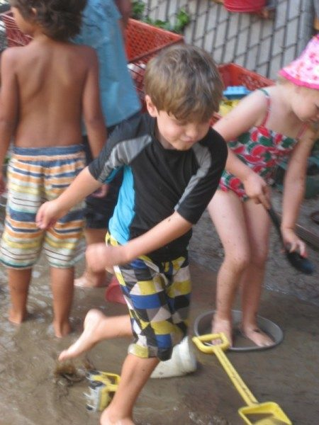 Edgewater Preschool Mud Day (3)