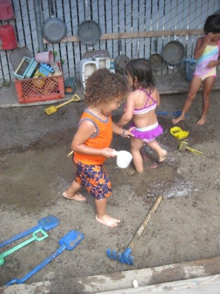 Edgewater Preschool Mud Day (4)